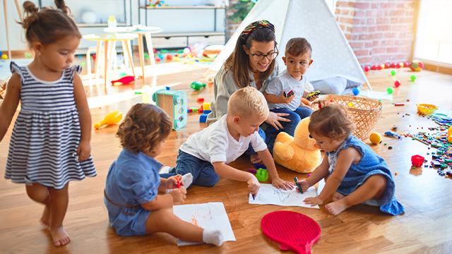 O brincar e o desenvolvimento integral da criança na Educação Infantil